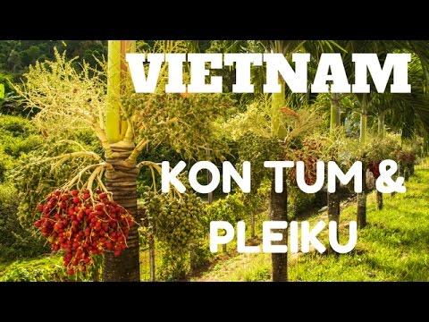 Teen girls in Kon Tum