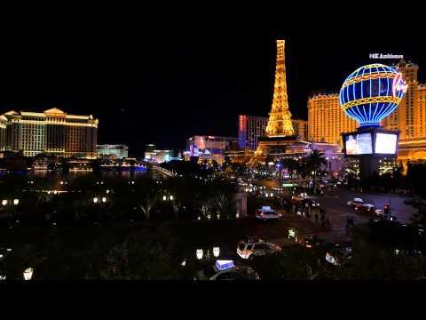 Las Vegas strip at night in 4K resolution. Bellagio, Paris, Bally's