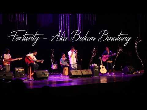 AKU BUKAN BINATANG  - FOURTWNTY (LIVE YOGYAKARTA)