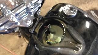 Yamaha vstar 650 . Carb n intake boot rebuild.(16)