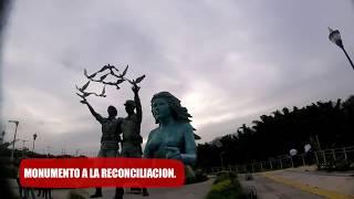 Santa elena y calle al puerto de la libertad EL SALVADOR.