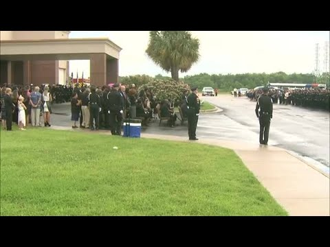 Final salute for fallen Pearland officer