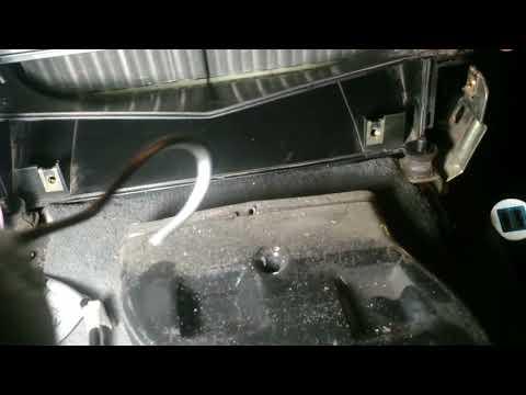 BMW E34 печка дует холодным на задних пассажиров. Решаем проблему.
