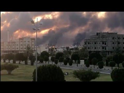 المتحدث العسكري باسم الحوثيين: 10 طائرات مسيرة استهدفت مصفاتي بقيق وخريص في السعودية  - نشر قبل 24 دقيقة