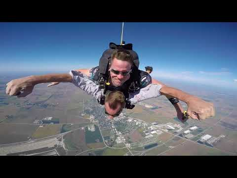 1554 Adam Lundgren Skydive at Chicagoland Skydiving Center 20180909 Eric Klash