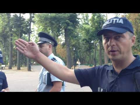 Forțele de ordine au evacuat forțat lucrurile Comunității OcuppyGuguță