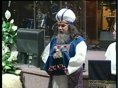 JEWISH HIGH PRIEST GARMENTS - By: Dr. Terry Harmon