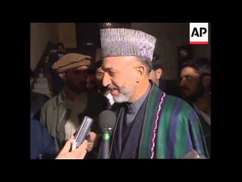 Afghan leader Hamid Karzai leaves for US