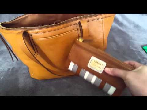 What's in my bag?! Fossil Sydney Shopper