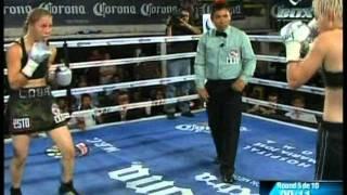 Zulina Munoz Dropped, Recovers To Win WBC Silver Belt