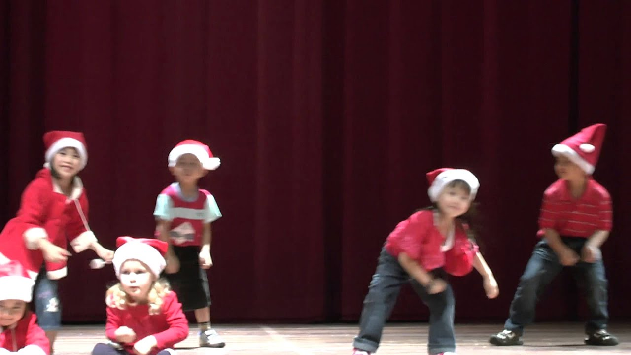 Jingle Bells - Christmas dance song in Chomel's Preschool Concert ...