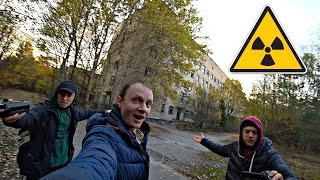 Каково жить в Чернобыльской Зоне за кадром Выживание в ЧЗО Рыбалка в Припяти удивила