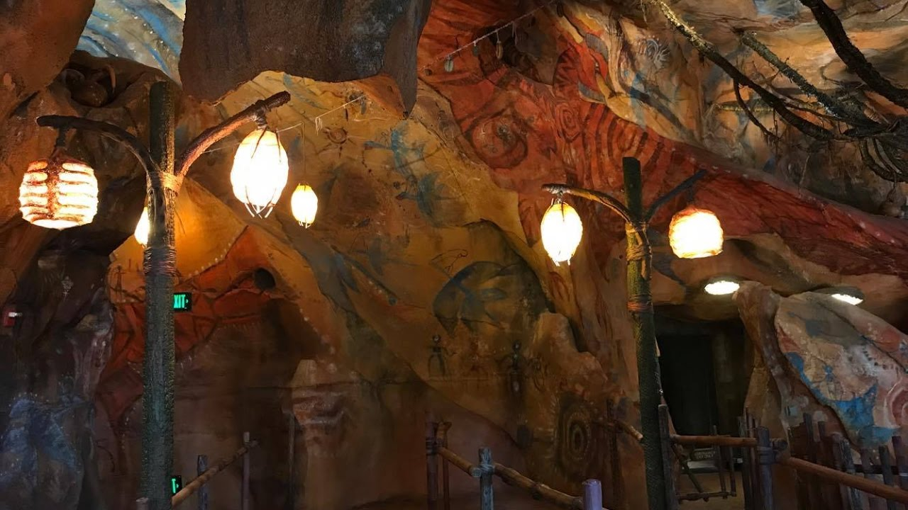 360º Walkthrough of Avatar Flight of Passage FULL QUEUE