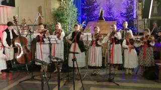 Koncert kolęd i pastorałek w wykonaniu zespołu Hulajniki z Milówki - Wśród nocnej ciszy