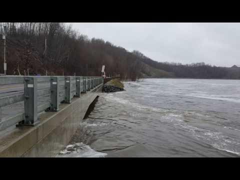 Impressionnant niveau d'eau Baie de Shawinigan 2017