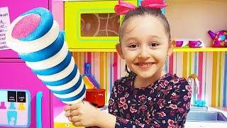 Öykü is Making fruit Ice Cream - Fun Kids Video