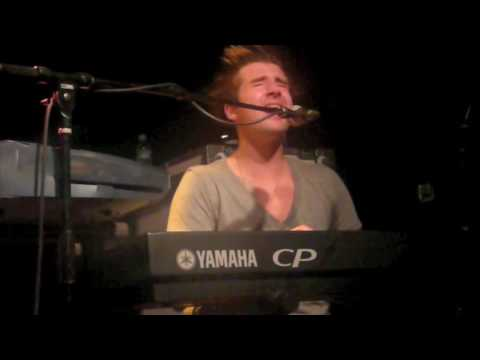 Secondhand Serenade - Fall For You w/ Band Intro (Live in Greenville 4.11.2009)