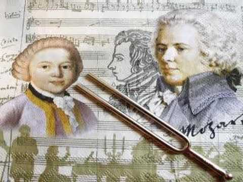 Essential Mozart : Clarinet Concerto in A, 2nd movement