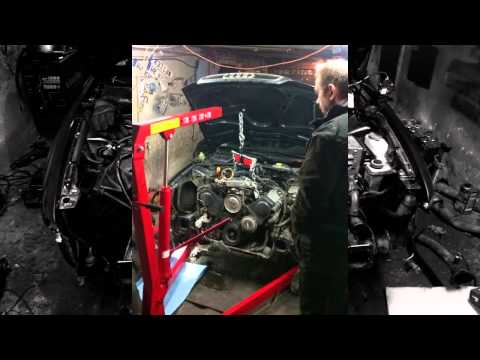 Timelapse - Audi A4 Quattro engine swap 2,6 12V  2,8 30V