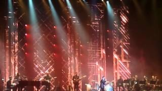 Michael Buble' sings All I Want for Christmas