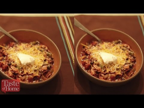 Chipotle-Black Bean Slow-Cooked Chili