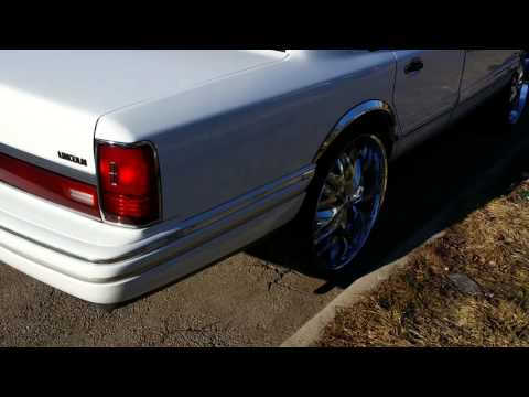 Lincoln Town Car On 24 Blades W Mustard Mayo Done By Boss Hogg