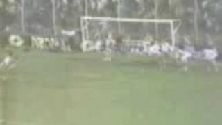 Gol de Cucciuffo a Banfield (Boca 1-Banfield 3 09-10-87)