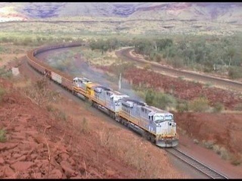 Australian trains : Rio Tinto 234 car ore train