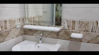 Designed Mirror Glass Installation and Fitting in the Bathroom Basin/Mirror Installation at Home