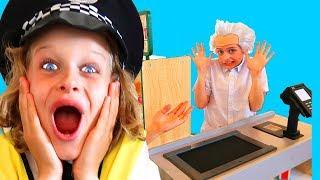Biggy the Policeman and Grandpa Sockie Bug Supermarket Store | Pretend Play Norris Nuts