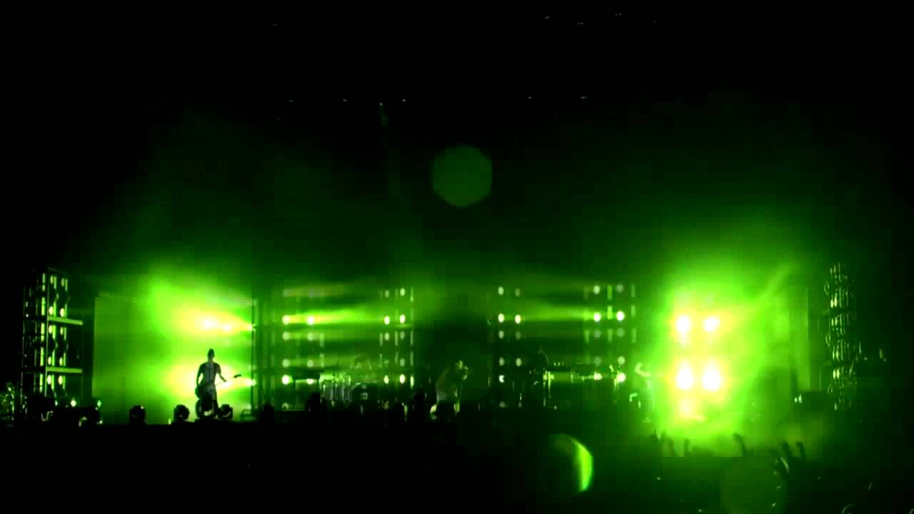 16] Nine Inch Nails - Survivalism (Fuji Rock Festival 2013) - YouTube