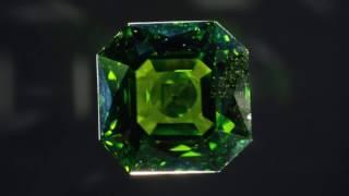ペリドット:太陽の宝石
