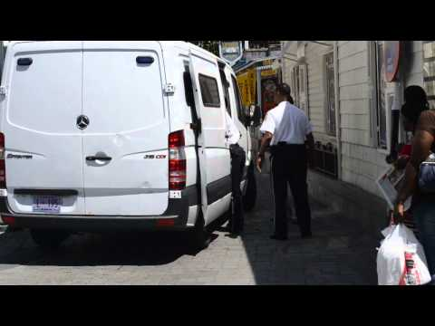 VIDEO: INDIAN VIP SPECIAL TREATMENT AT THE COURTHOUSE ST MAARTEN