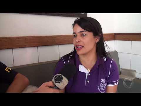 CME Angelina Fernandes realiza doações de cestas básicas