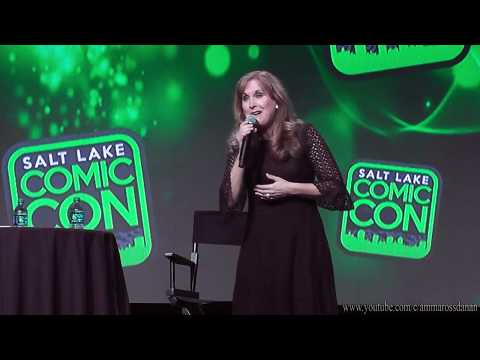 Jodi Benson (voice of Ariel) Sings