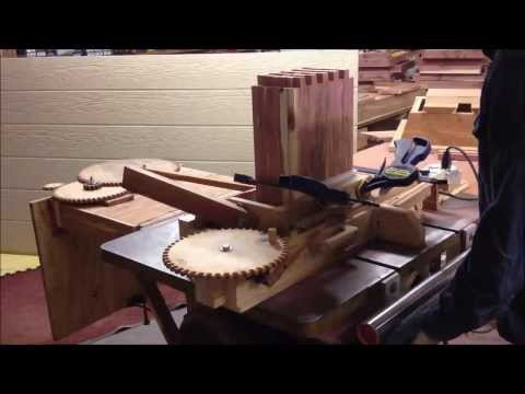 Finger joint jig with power feed