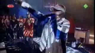Eminem The Real Slim Shady LIVE @ TOTP