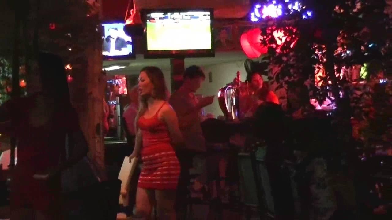 Пномпень golden soriya mall проститутки