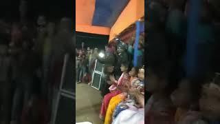 jo vira tere naino se taka  Aashiq salendar hua_/Village Boy Danceing