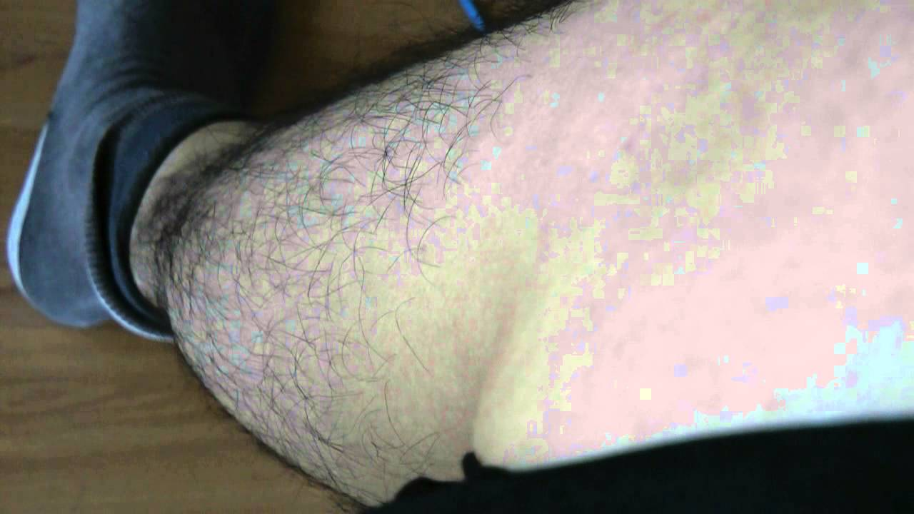 Right calf muscle twitching - YouTube