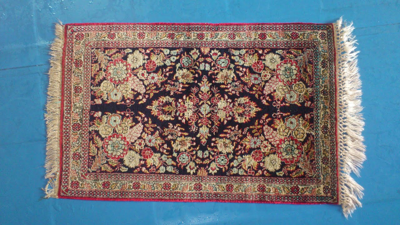 Professional Silk Rug Cleaning Hand Wash 4
