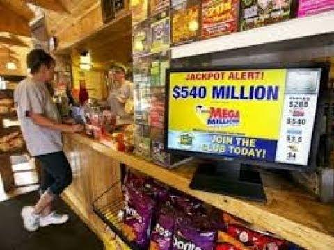 Bileten e lotarisë që deshi ta hedh,  pasi e pa mirë  e kuptoi se ka fituar një milion dollarë