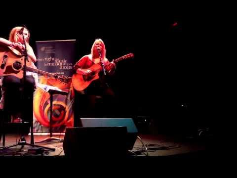 Carolyn Dawn Johnson - Die of a Broken Heart