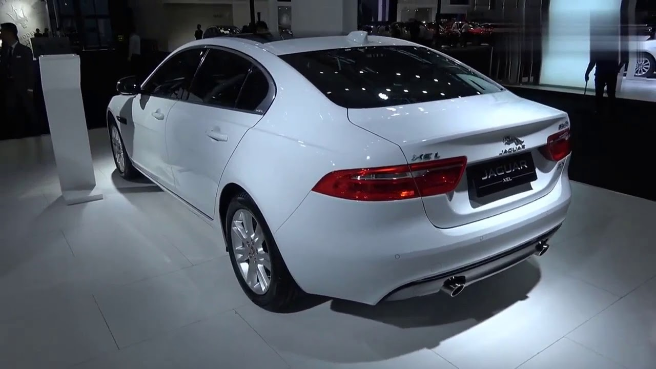 Auto Show Jaguar XEL, 200PS luxury Version, With Multiple Sunroof, Front Face is Very Pull