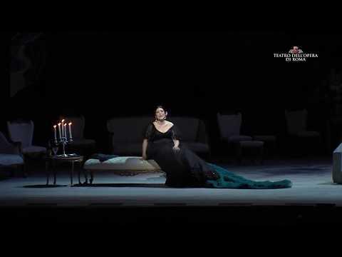 Fabbrica YAP: Valentina Varriale, Violetta ne La Traviata