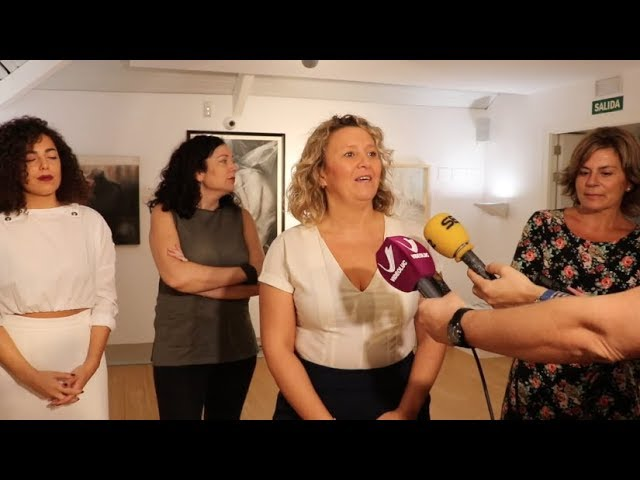 VÍDEO: 'Hilaron solas', una mirada al trabajo de veintitrés mujeres que aman las artes plásticas