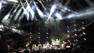 Foo Fighters - Enough Space & Generator (Dave with broken leg) @ Gothenburg, Sweden 2015