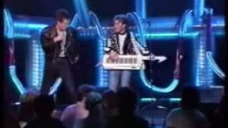 2 Brave - Stop That Girl (TV-Performance)