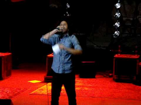 Zack de la Rocha Gives Speech at Rodrigo y Gabriela Show at Red Rocks - 8.20.10