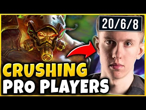 RANK 1 TRYNDAMERE WORLD CRUSHES PRO PLAYERS FT. Froggen - S8 Tryndamere Gameplay - League of Legends